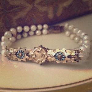 Jewelry - Antique bar pin-- freshwater pearls bracelet